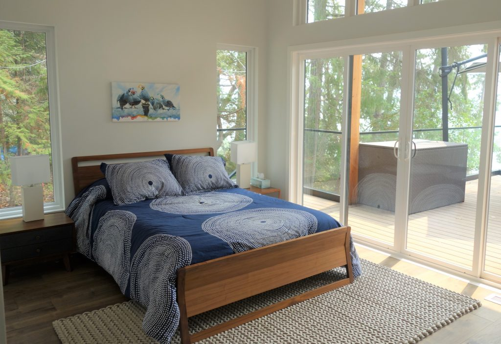 08-guest-bed-1-1024x704